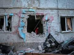 Из-за ночных обстрелов боевиков пострадали жилые дома дончан