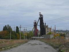 Маеевскую шахту боевики режут на металлолом и топят грунтовыми водами