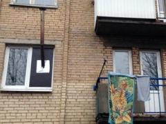 Третий год без газа - жители прифронтовой Красногоровки устанавливают в квартирах буржуйки