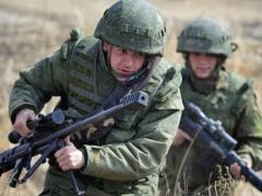 В Крыму РФ высадила десант под прикрытием подводных лодок