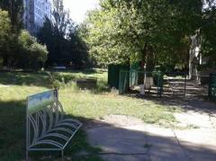 В прифронтовой Авдеевке появились велопарковки (ФОТО)