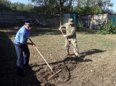 """Поліцейські Донбасу """"озброїлись"""" незвичайною зброєю"""