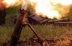 Боевики жалуются на обстрел промзоны Ясиноватой