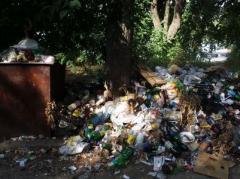 Зоны отдыха в оккупированном Донецке превратились в мусорные свалки