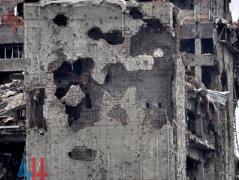 Ночью из тяжелого вооружения обстреляны окрестности Донецкого аэропорта