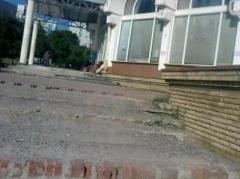 Донецким ворам пришлись по душе мраморные ступени