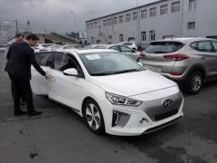 Hyundai привез в Украину свой первый электромобиль