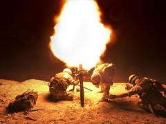 """Ужас во тьме: боевики впервые устроили такой жестокой обстрел КПВВ """"Гнутово"""""""