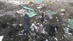 В поселке под Донецком — новые разрушения