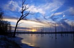 На одесском озере пропали рыбак