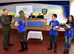 Кого наградил и что получил главный полицейский Донетчины в Покровске