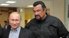 Владимир Путин сделал Стивена Сигала россиянином