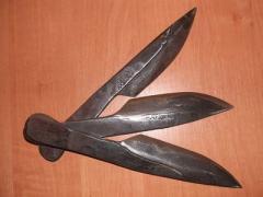 В Мариуполе буянил человек с семью ножами