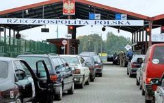 На украинско-польской границе в очередях стоят 1400 автомобилей