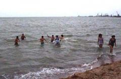 Открыт зимний сезон купания в Азовском море