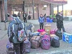 Около трети переселенцев после завершения войны на Донбассе планируют вернуться домой