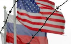 Советник Трампа обсудил снятие санкций с России