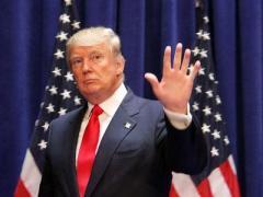 """Трамп """"некоторое время"""" не будет спешить снимать санкции с России"""