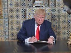 Трамп уже в первые дни подпишет несколько важных указов, помощники уже подготовили проекты