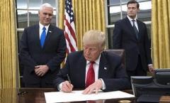 """Трамп """"переформатировал"""" сайт Белого дома"""