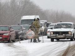 """На КПВВ в Донбассе снова длинные автомобильные очереди: лидирует КПВВ """"Марьинка"""""""