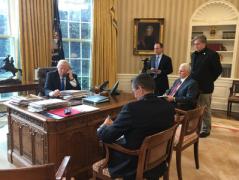 Трамп начал телефонные переговоры с Путиным