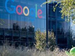 Google просит своих сотрудников вернуться в США из-за указа Трампа