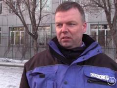 Близкое расположение воюющих сторон и неотведенное тяжелое вооружение - Хуг о причинах обострения на Донбассе
