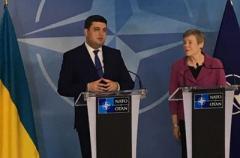 Гройсман заявляет, что летом в Украину может прибыть руководство НАТО