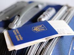 Ждите лета: названы новые сроки безвиза для Украины