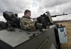 Порошенко убежден, что предстоящие президентские выборы в РФ являются аргументом для повышения боеготовности ВСУ