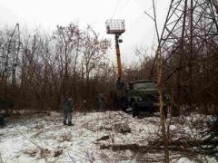 Ремонтники не смогли починить ЛЭП возле Авдеевки