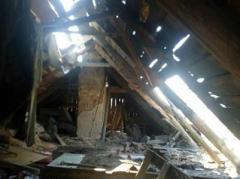 В Марьинке и Красногоровке обстрелами боевиков повреждены 10 домов