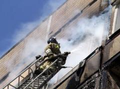 В оккупированном Донецке горел девятиэтажный жилой дом (ФОТО)