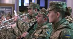 Во Львове отметили День добровольца флеш-мобом и гимном ОУН. ВИДЕО