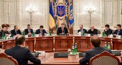 Експерт пояснив, навіщо влада погодилася на блокаду Донбасу