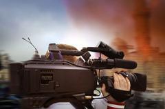 Итальянского фоторепортера чуть не подстрелили на Донбассе