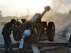 """Ситуация в зоне АТО напряженная: боевики из тяжелого вооружения обстреляли Авдеевку и шахту """"Бутовка"""""""