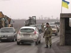"""Сегодня боевики обстреляли КПВВ  """"Марьинка"""""""