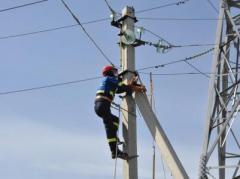 В прифронтовой Авдеевке ремонтники начали восстановительные работы на ЛЭП - СЦКК согласовал режим тишины
