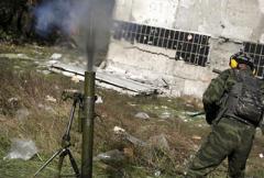 Сводка: противник ведет обстрелы из минометов и БМП, у нас двое раненых, - штаб АТО