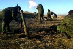 Война на Донбассе: украинских бойцов активно обстреливают из минометов