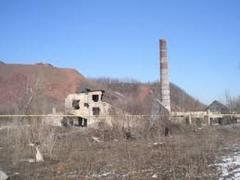В оккупированном Снежном произошло обрушение на заброшенной шахте,  под землей были три человека