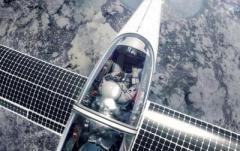 В Швейцарии испытали стратосферный самолет на солнечных батареях (ВИДЕО)