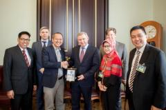 Индонезия планирует печатать деньги в Украине