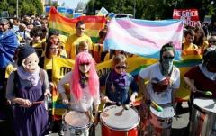 Европа и США призвали Киев провести гей-парад