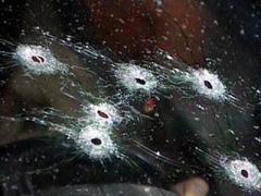 На трассе, ведущей из Марьинки в Красногоровку, был обстрелян гражданский автомобиль