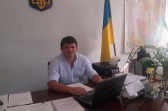 Порошенко звільнив чиновника, якого судили за хабар