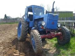 В Донецкой области на мине подорвался трактор, тракторист контужен