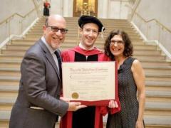 Марк Цукерберг закончил Гарвард через 15 лет после поступления